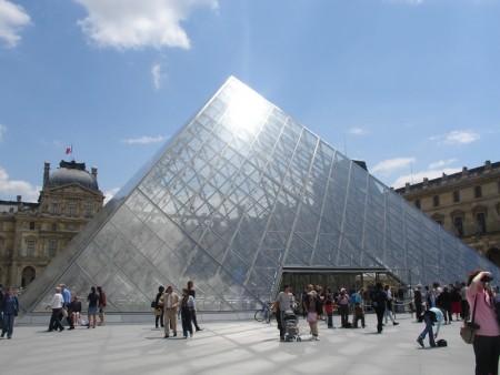 Мира и согласия знаменитая пирамида